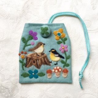 amulet bag of wildbirds