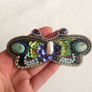 【beads embroidery】 butterfly barrette  no.2