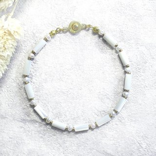 ♦ ViiArt ♦ Snow Mountain ♦ Shell Pearl Brass Bracelet