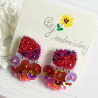 Qy.embroidery Candy Contrast Colorful Embroidered Handmade Stud Earrings Quadrilateral Dark Red and Fuchsia