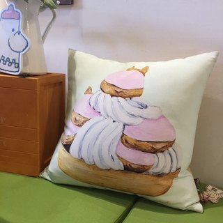 Fighting Hand Pillow - Pash Puff