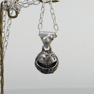 "moon smile jewelry necklace pendant sterling silver ball "" smile moon S"" s_m-P.31 ( 月 玉兔 月球 月亮 微笑 銀 垂饰 颈链 项链 )"