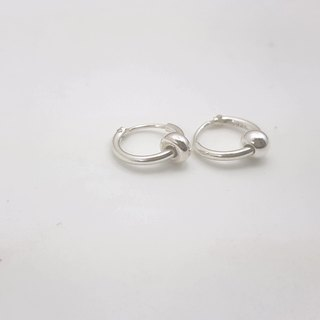 E13 models - 925 sterling silver small earrings (1 pair)