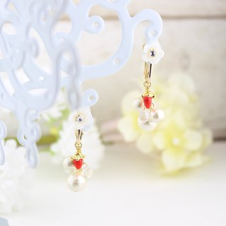 Strawberries and flower pearl earrings