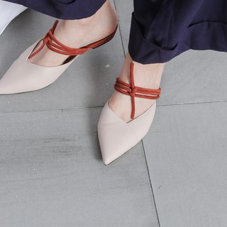 Interlaced strappy pointed sandals and slippers