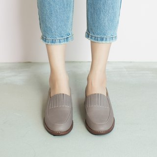 No heavy and light bottom! Elastic small apron Loafers light and dark inside and outside full leather MIT