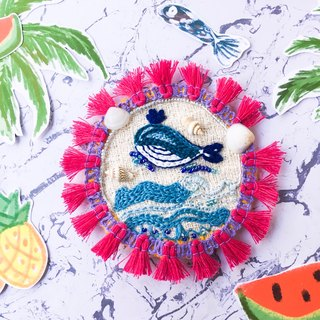 Sea me embroidery brooch