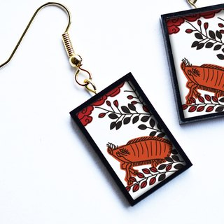 "Hanafuda earring / earring - boar (Japanese Playing Card Pierce / Earring ""Wild Boar"")"