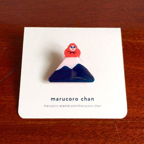 Hand drawn brooch ◎ Daruma at Mt. Fuji