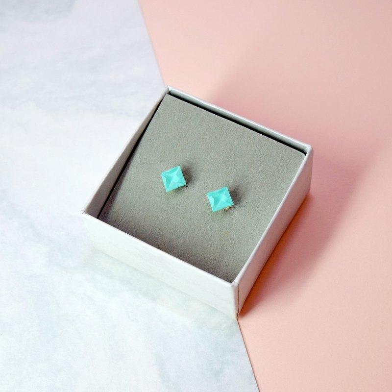 【出清品】絕版可愛小物Tiffany Blue摺紙鑽石形耳環