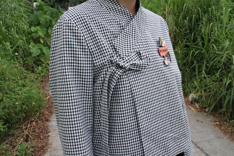 Handmade by Cherry - black and white checkered short hanbok top daily hanbok life hanbok