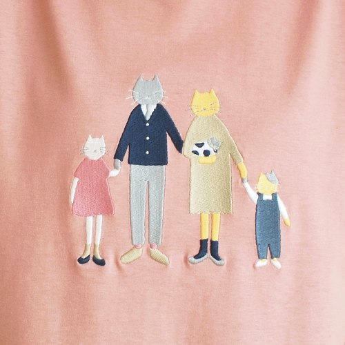 cat family t-shirt : smoked pink