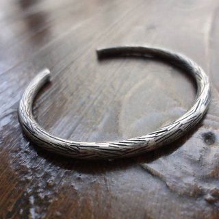 Hand forged silver bracelet - stripes
