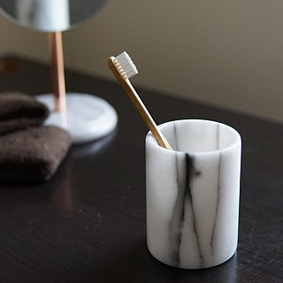 Marble pen holder, mug storage bucket