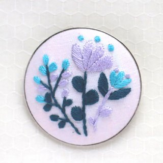 Blue bouquet  - Embroidery Brooch Kit
