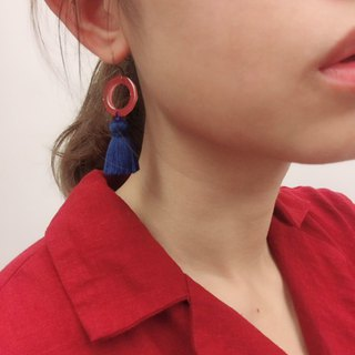 Pink x blue donut tassel hook / ear clip