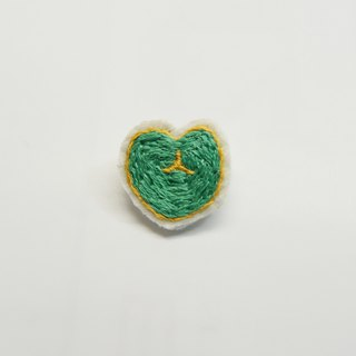 Sweetheart _ hand-embroidered pin (green)
