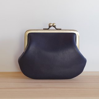 Square type leather spicy navy blue
