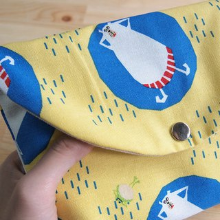 [Cool] Handmade cosmetic bag storage bag storage bag summer white bear swimming