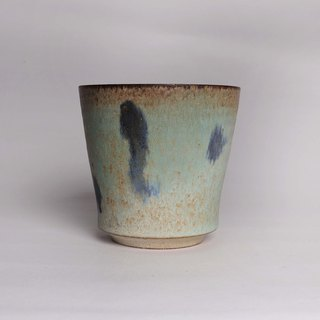 Green ear, yellow and blue water cup