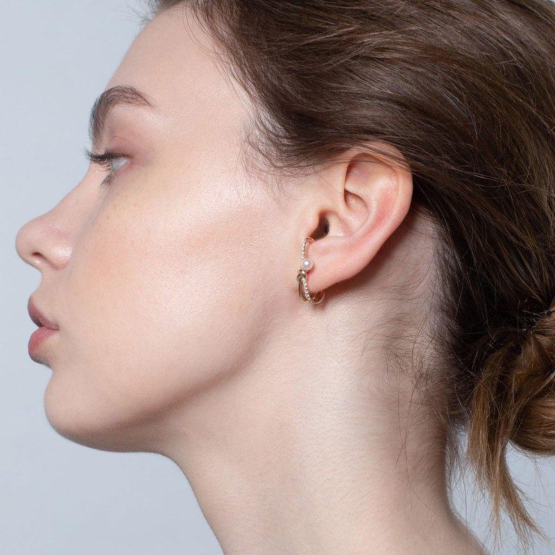Akoya珍珠鐵塔耳環 925銀厚鍍18K金 Knotted P/D Earring