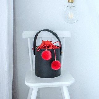 Black cowhide round bucket bag shoulder bag cross-body bag multi-purpose female leather bag with shoulder hair ball