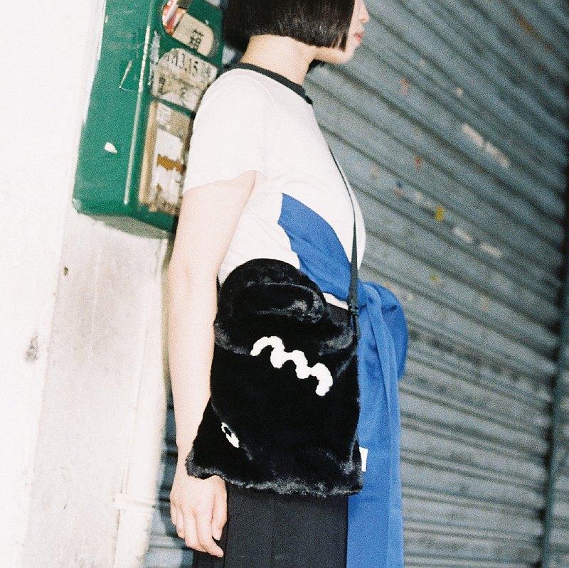 MoMo BAG 麵條黑