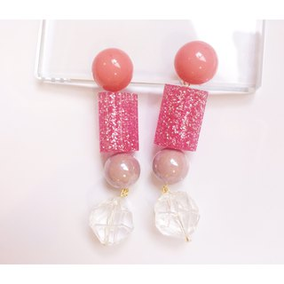 Summer fruit sugar strawberry milk taste sweet taste ear pin / ear clip type