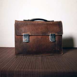 Shika Vintage Bag // leather briefcase / antique bag old leather classic old only this one