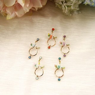 Three-color branch parrot asymmetric diamond earrings