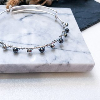 [Da Da Daily] Silver and black pearl bracelet