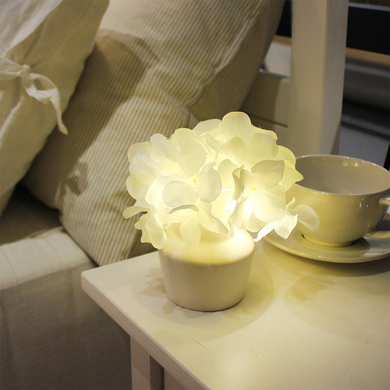 Via K Studio Hydrangea Ceramic Potted LED Artificial Flower Night Light Valentine's Day Gift Wedding Gift
