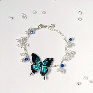* Haku‧Neko * Black color pattern blue hand-painted swallowtail butterfly with pearl crystal bracelet