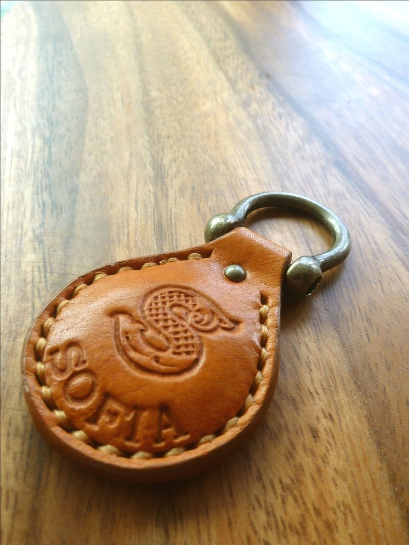 Hand-sewn tanned leather key ring / free English name (with a leisure chip card)
