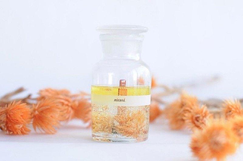 [有聲香薰蠟燭,橙花混合,100% 精油,銀菊杏] BOTANICAL BOTTLE