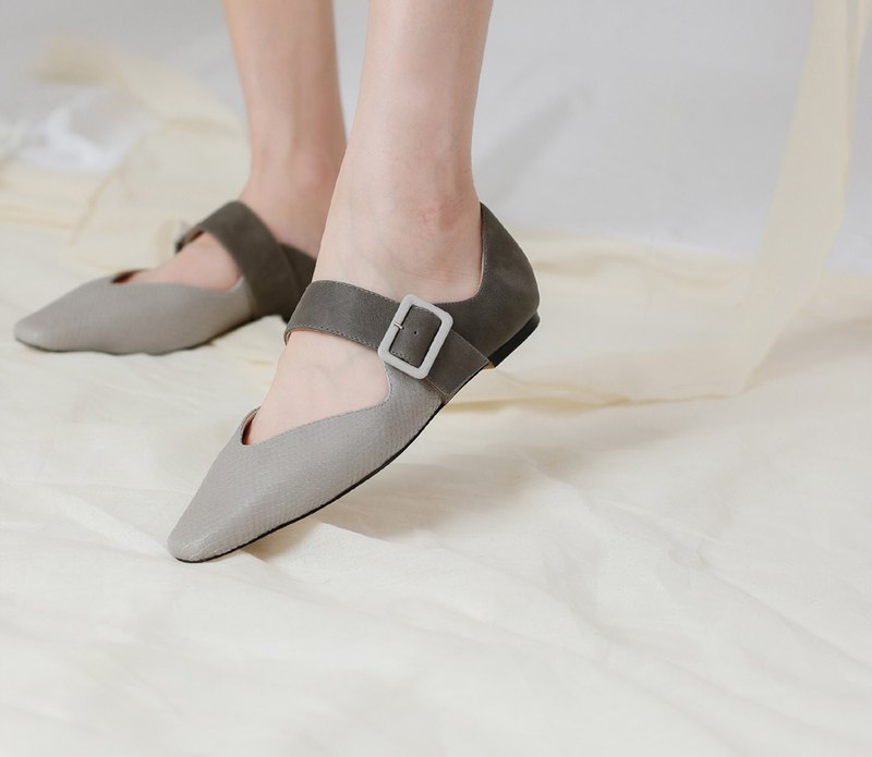 Ballet buckle with square leather flat shoes grey