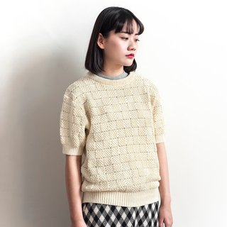 Vintage Tony Bnos beige plaid knit sweater