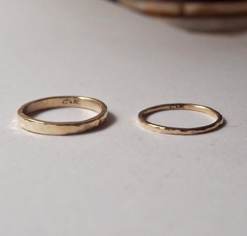 14K Pure K Gold-Hand Forged Knock Pair Wedding Ring