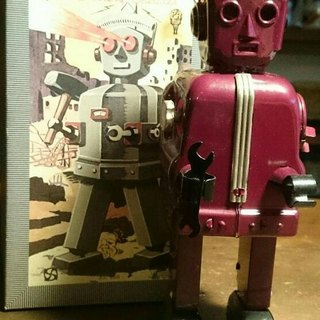 Burgundy Zoomer robot limited production of 300 identity cards attached battery start zoomer wine red metal robot