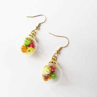 *Rosy Garden*Dried daisies glass ball stud earrings