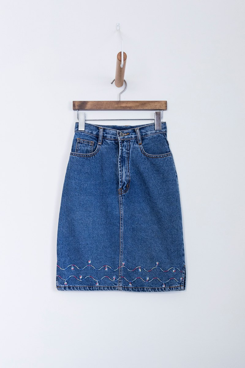 Banana Flyin | Vintage Vintage Vintage Denim Skirt