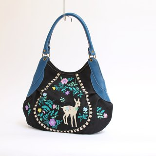 Bambi embroidery · Granny bag