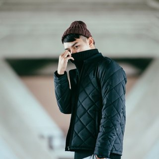 hao Lightweight Quilted Jacket 極輕量菱格外套