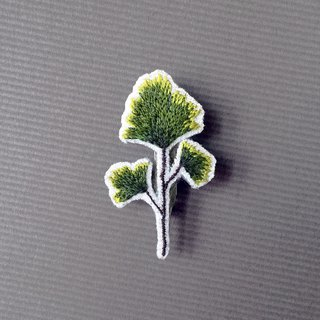 Mini hand embroidery brooch / pin wire fern / leaf
