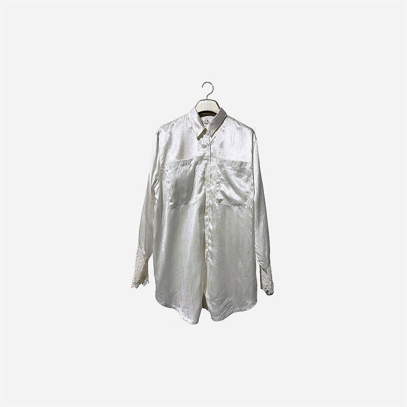 脫臼古著 / 蕾絲袖純白襯衫 no.1440 vintage