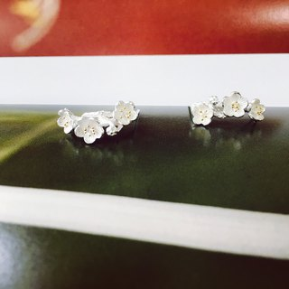 925 sterling silver flowers blossoming [Flower C-type ear needles]