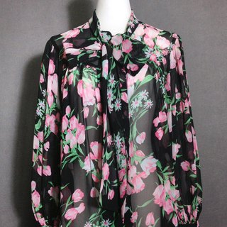 When vintage [antique shirt / tie flowers vintage chiffon shirt] abroad back VINTAGE