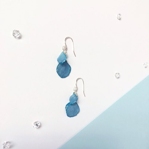 * Haku‧Neko * Blue hydrangea flower 925 sterling silver earrings ear clip (three-dimensional real flower series)