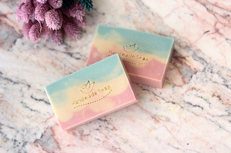 Weila Handmade] Gentle Sweet Almond Handmade Soap / Natural