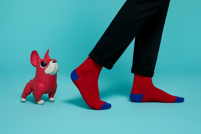 [Surprise at the end of the year] Trendy people recommend combed cotton red socks
